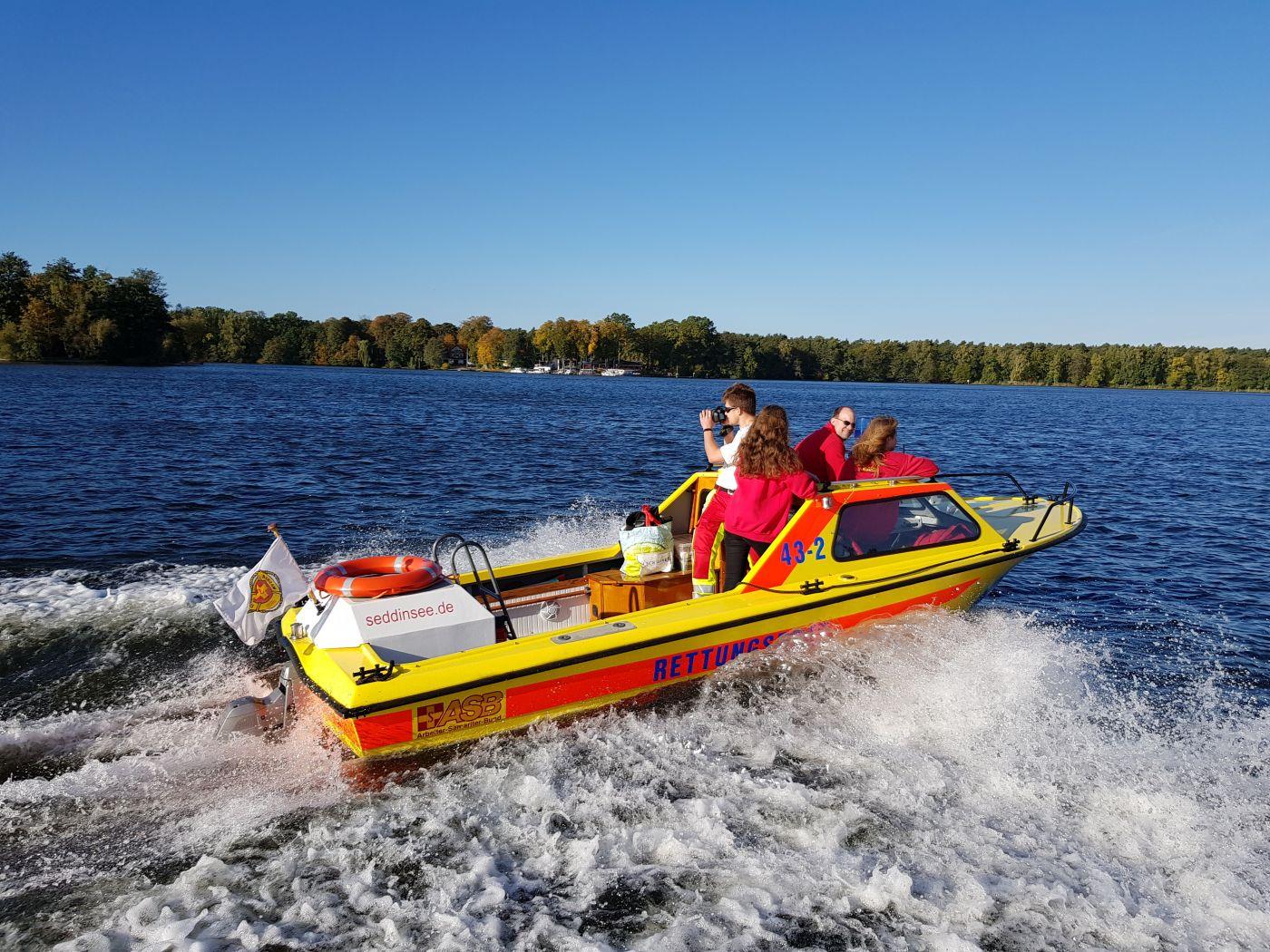 große Übung der angehenden Bootsführer